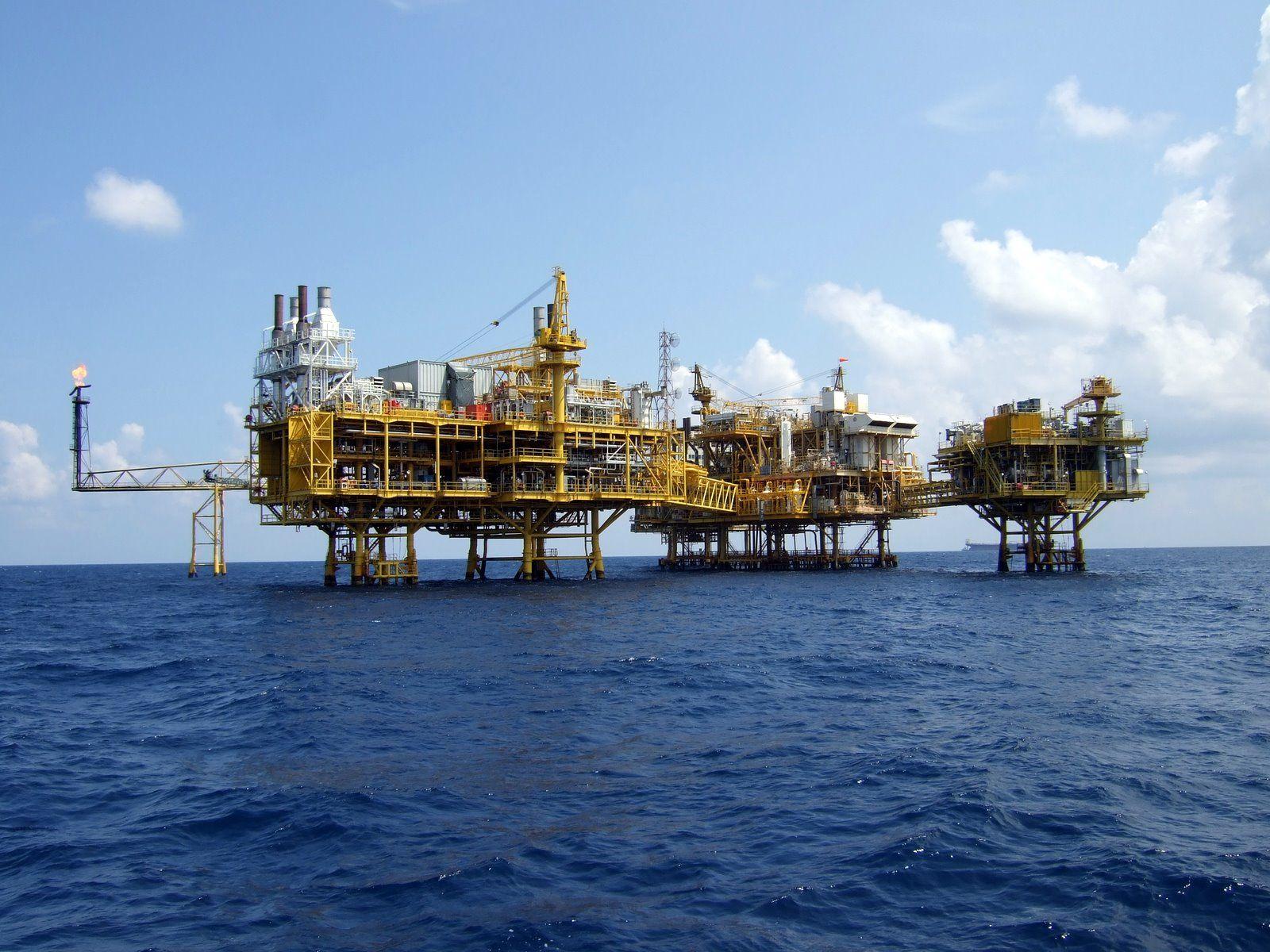 Thai Oil Rig