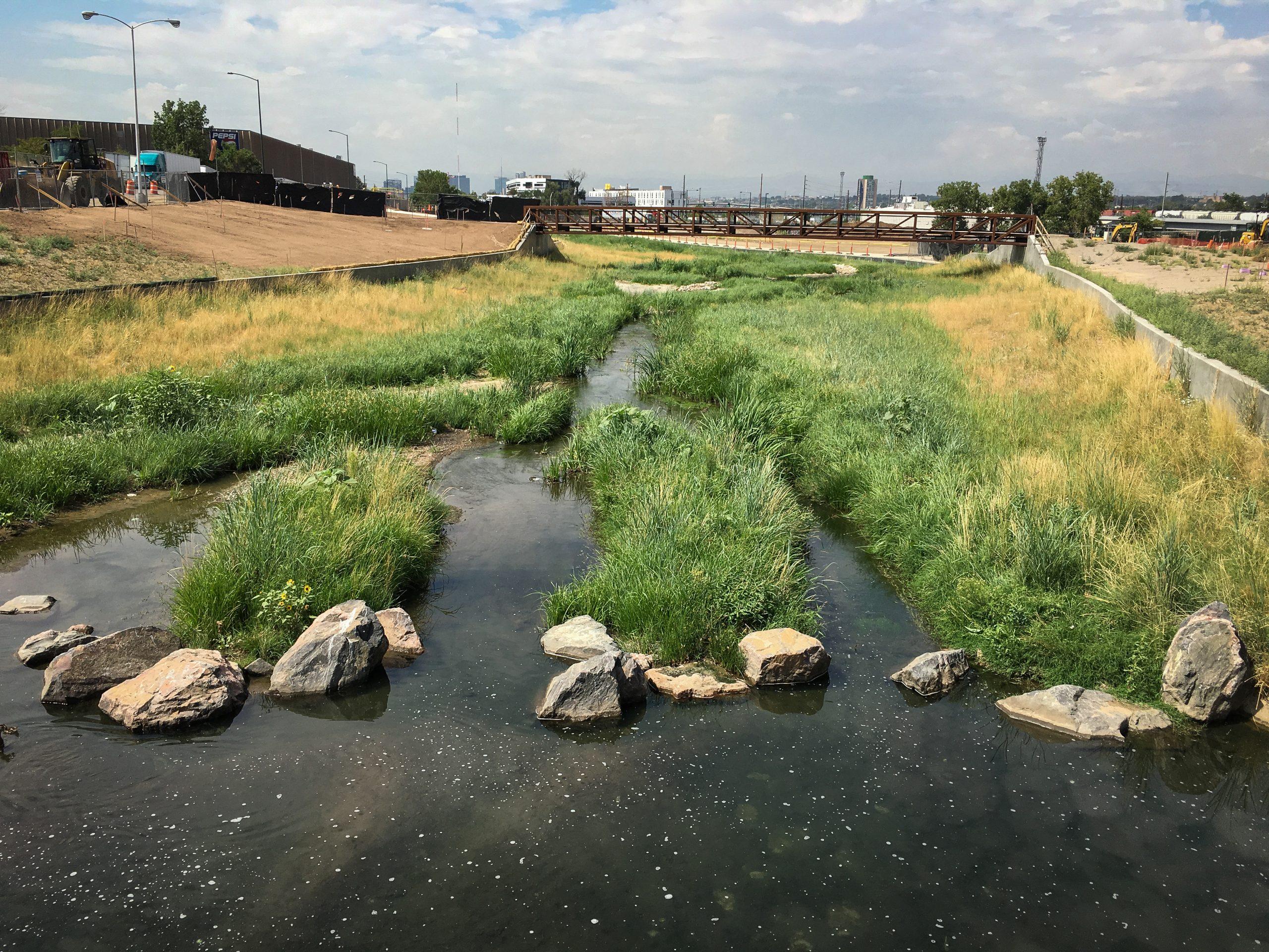 Globeville Landing Wins APWA Environmental Project of the Year Award