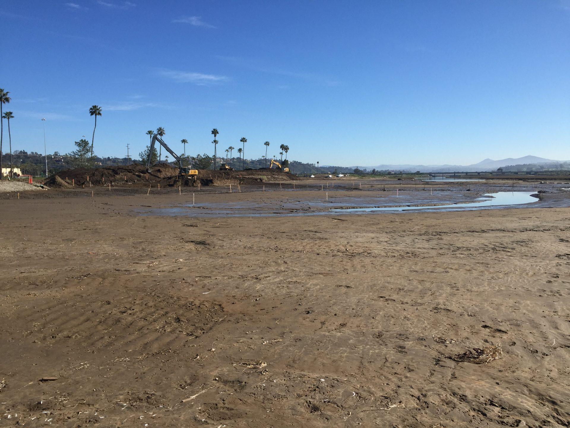 San Dieguito Lagoon overflow lot